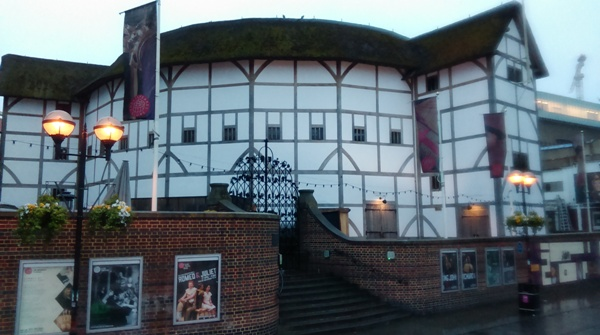 And heading back along the Thames towards Battersea I passed Shakespare's Globe Theater